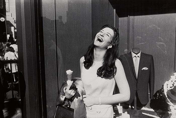Women are beautiful, 1975