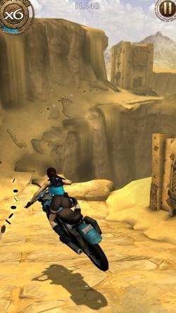 Lara Croft Relic Run moto