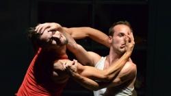 Un Poyo Rojo, une performance à voir absolument au théâtre du Rond Point