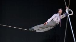 Circus Incognitus aux Bouffes Parisiens