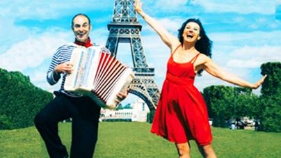 Deux amoureux à Paris, nouvelle comédie musicale, au théâtre Montmartre Galabru .