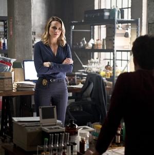 The Flash saison 2 épisode 11: Les photos !