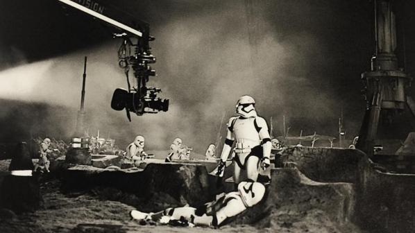 star-wars-7-nouvelles-photos-du-tournage_kdm4_640