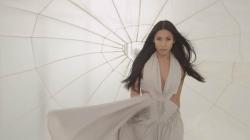 """Anggun : son nouveau clip """"Face Au Vent"""""""