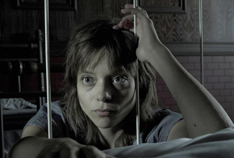 AMERICAN HORROR STORY: ASYLUM -- Pictured: Lizzie Brochere as Grace -- CR: Frank Ockenfels/FX
