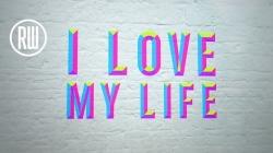 "Robbie Williams sort un nouveau single ""I Love my life"""