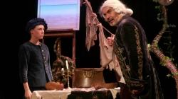 Une adaptation libre, enlevée et émouvante de Robinson Crusoé