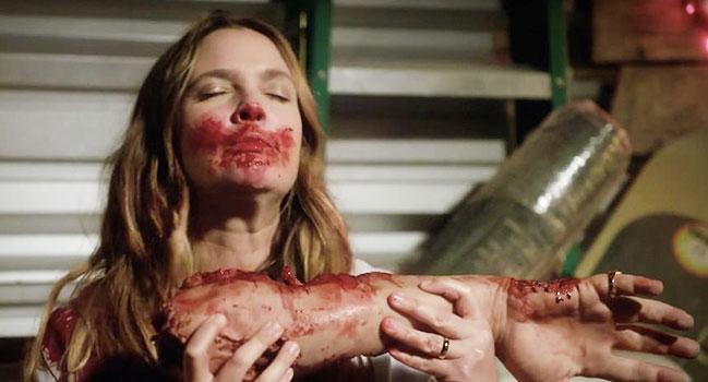 santa-clarita-diet-la-nouvelle-serie-cannibale-de-netflix-video-649