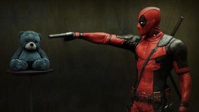 Deadpool est de retour pour fêter la sortie de Logan !