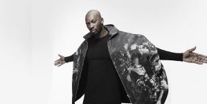 Singuila : Découvrez la version acoustique de son nouveau single «Ay Mama» !