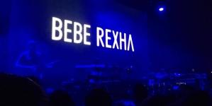 Bebe Rexha : humble, rebelle et pleine d'énergie au Yoyo
