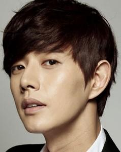 Park_Hae-Jin-p02