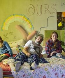 Critique «Cigarettes et Chocolat Chaud» de Sophie Reine : une comédie familiale pétillante