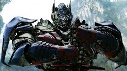 Critique «Transformers – The Last Knight» de Michael Bay : un divertissement en demi-teinte