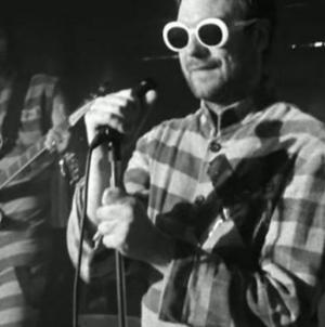 «Bless This Acid House» : Le nouveau clip de Kasabian !