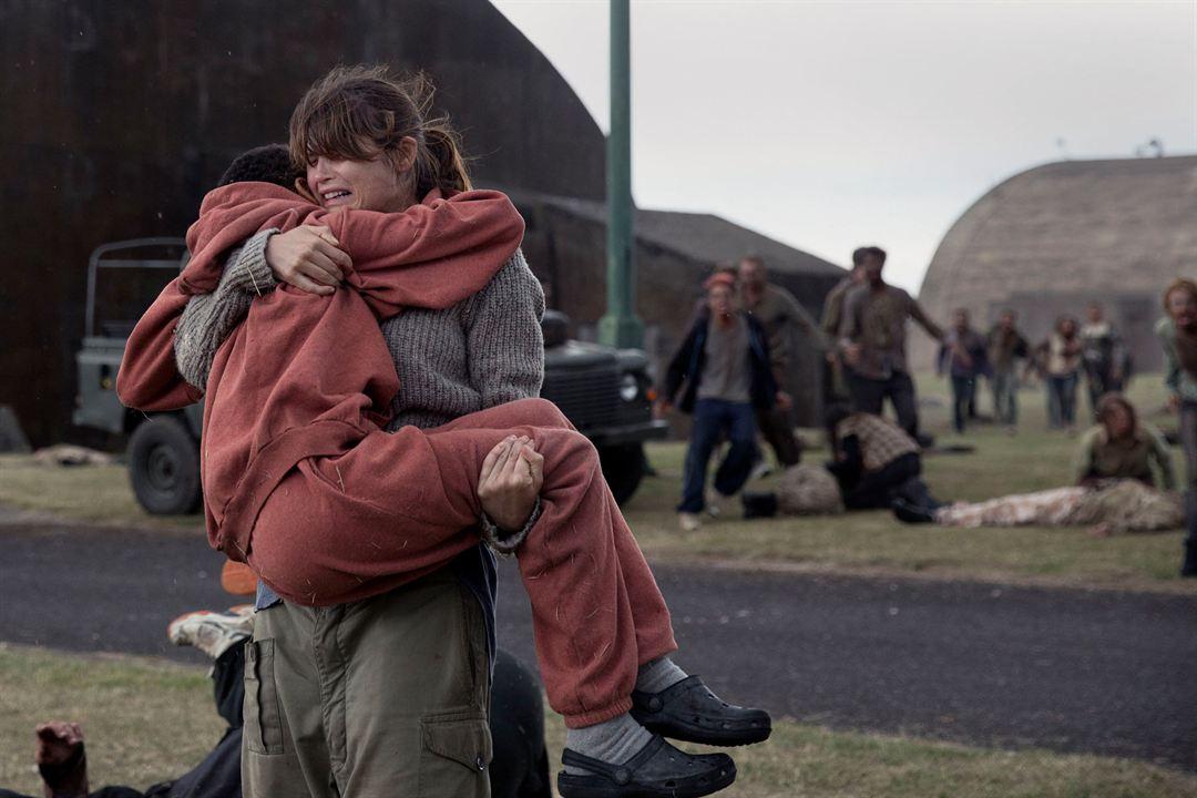 Sennia Nenua et Gemma Arterton émouvantes dans The Last Girl