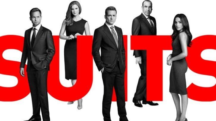 Suits saison 7 season-premiere : Harvey dans les bras de sa belle?