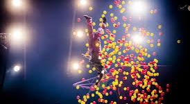 Super Sunday, la piste de cirque comme une fête foraine !