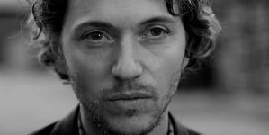 Raphaël rafle le Goncourt pour son premier roman !