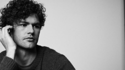 Vance Joy et son nouveau clip pour « We're Going Home » !