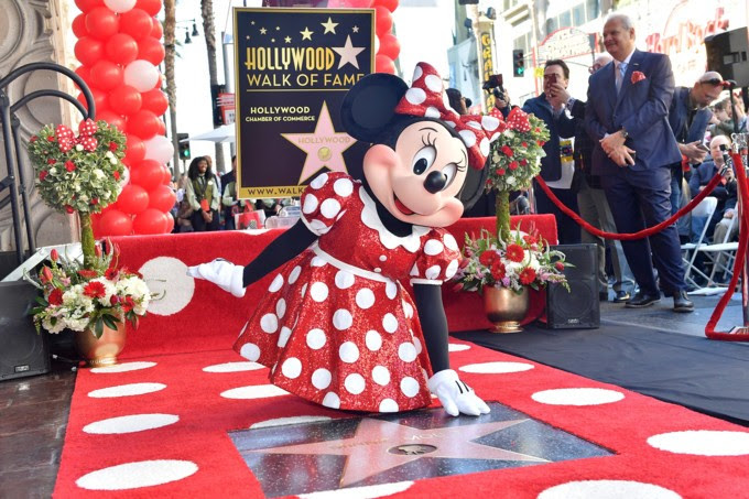 minnie mouse 90 ans