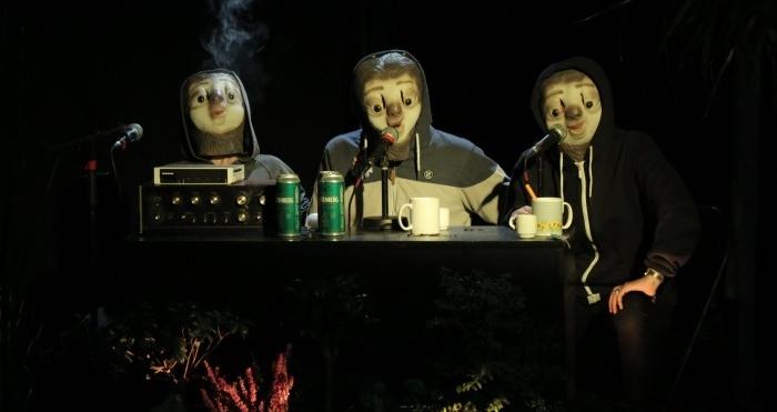 Réserviste, Théâtre