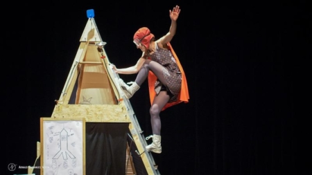 Critique « Fillette » par la Compagnie La Volubile, spectacle touchant et esthétique
