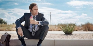 Critique « Better Call Saul » S4E1 (Netflix) : l'enterrement qui dévaste Jimmy