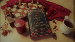 Octobrrrr – The Seven Deaths of Evelynn Hardcastle de Stuart Turton