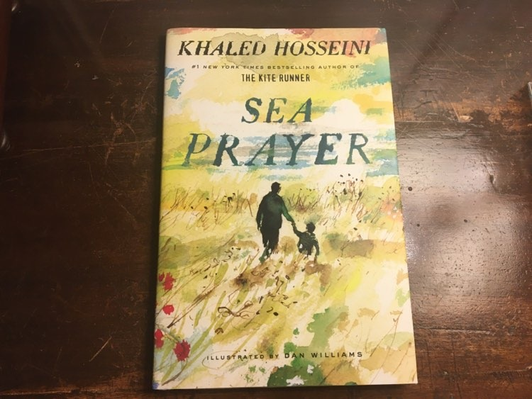 "Critique ""Sea Prayer"" / « Une Prière à la mer » de Khaled Hosseini : un livre court mais efficace"