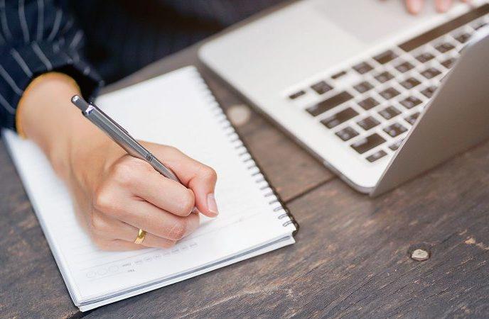 De nombreux concours d'écriture par les maisons d'édition : à vos claviers !
