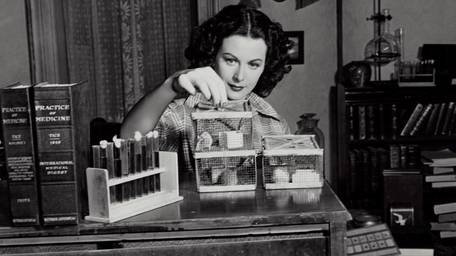 Gal Gadot interprètera la star Hedy Lamarr pour Apple TV