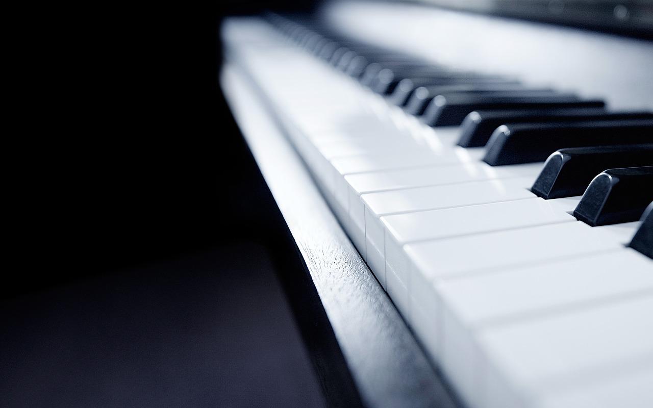 Apprendre le piano : toutes les innovations qui vont vous faire sauter le pas !