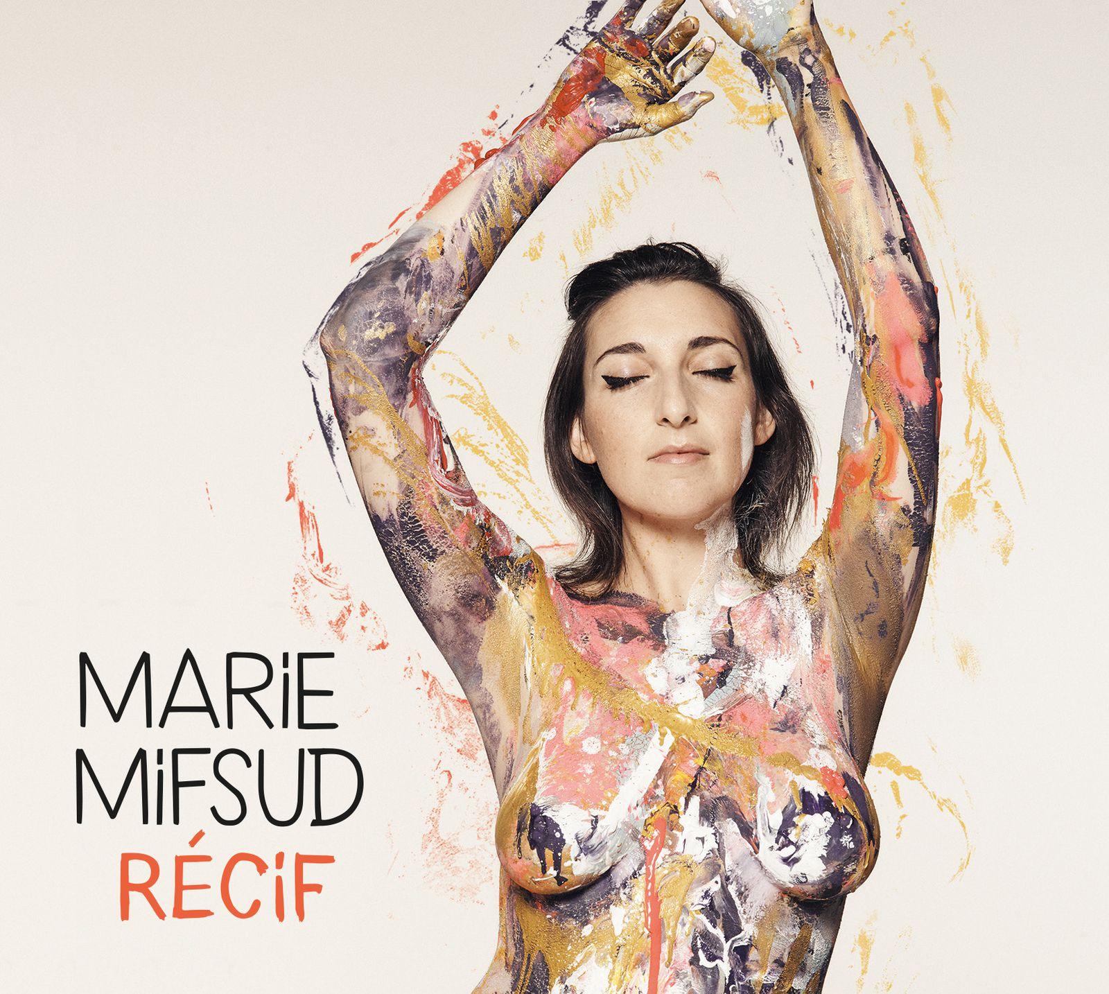 Marie Mifsud, Récif