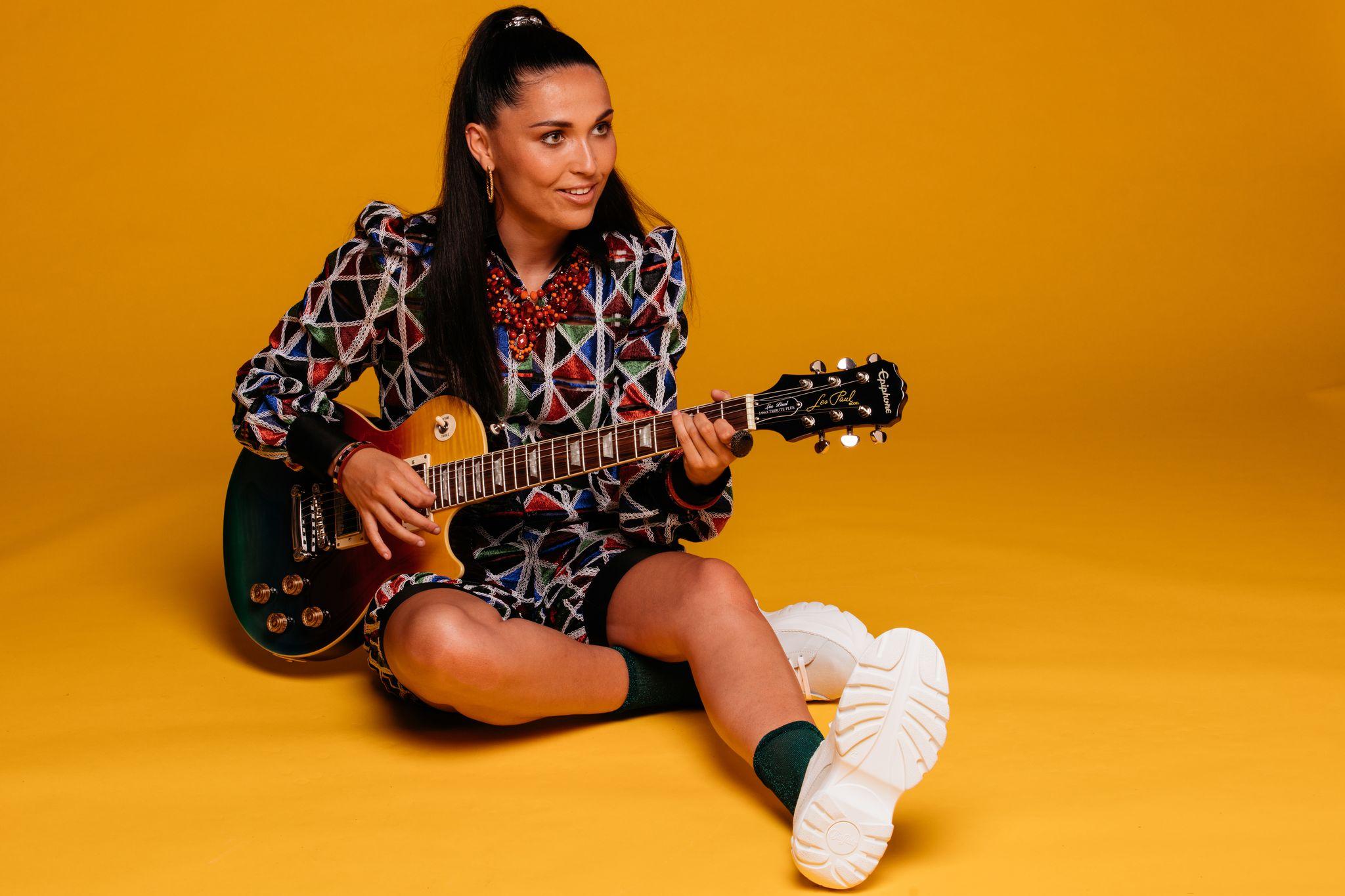 Camille Esteban - Chico (Clip Officiel)
