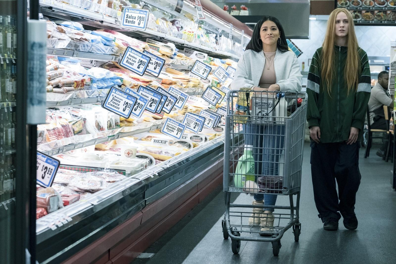 Ewan Rachel Wood et Gina Rodriguez dans kajilionnaire