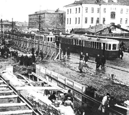 Construction du métro de Moscou 1932-1934.© Wikimedia Commons, Domaine Public