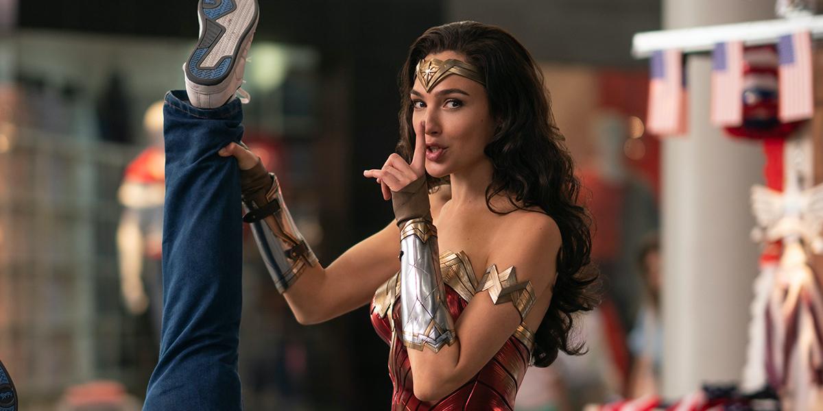Critique Wonder Woman 1984 de Patty Jenkins : (l')optimisme prime